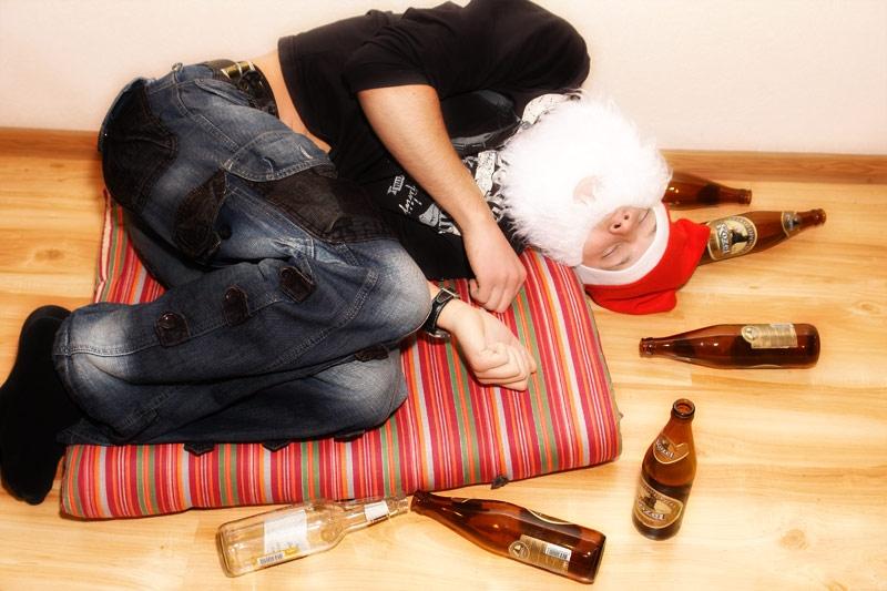 Напились на новый год