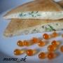 блин - пирожок с сыром, укропом и икоркой лососевой