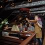 Живая музыка в ресторане «Munhell». Екатерина и Владислав. Танцевальные хиты XXI века (18+)