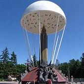 Памятник войнам-десантникам 6-ой роты