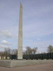 Памятник в ознаменование первых побед Красной Армии в 1918 г.