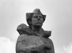 Памятник Анне Никандровой