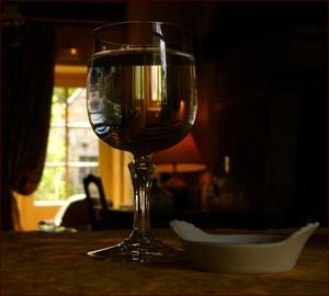 Вино во Пскове